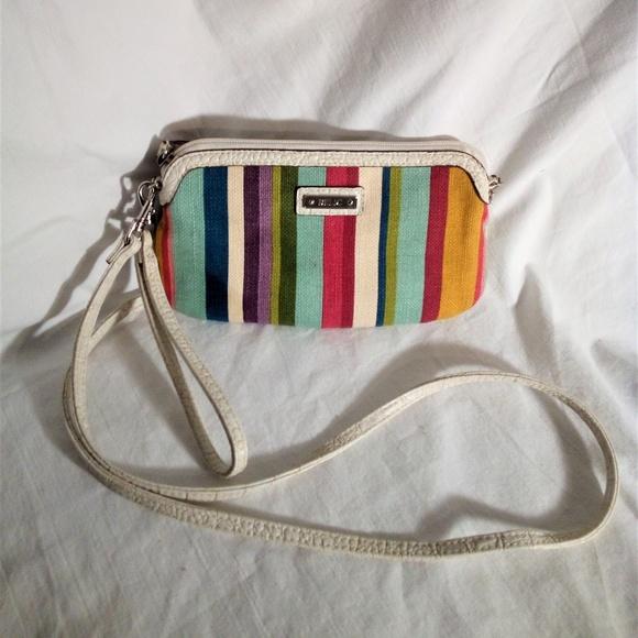 Relic Handbags - Relic Brand Cross body wallet EUC